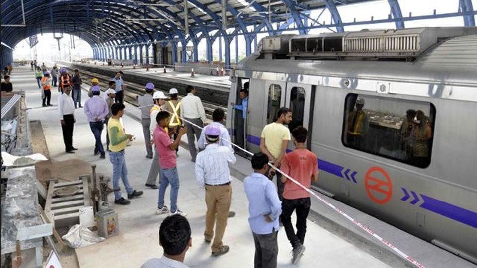 Delhi Metro carries 2.7 million passengers on a 230km-long network.
