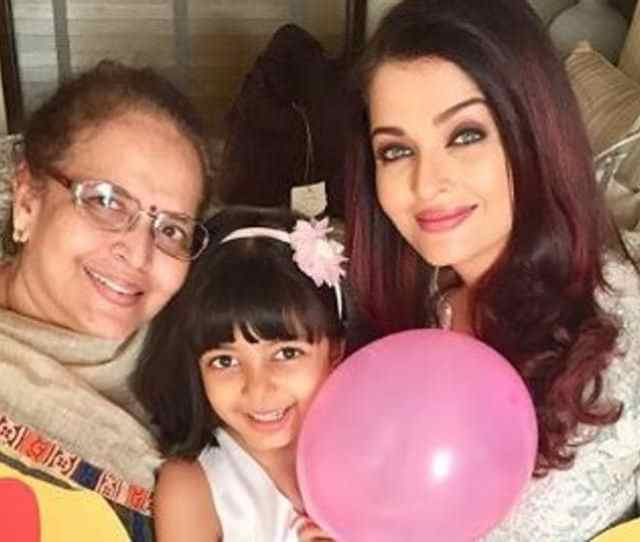 Aishwarya Rai Bachchan Daughter Aaradhya And Mother Brinda Are Celebrating Mothers Day With Balloons