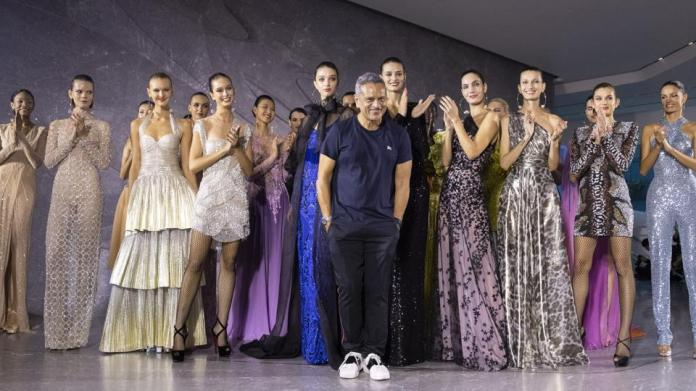 'Glamour in most relaxed form': Naeem Khan launches Indian-heritage inspired fashion... 1