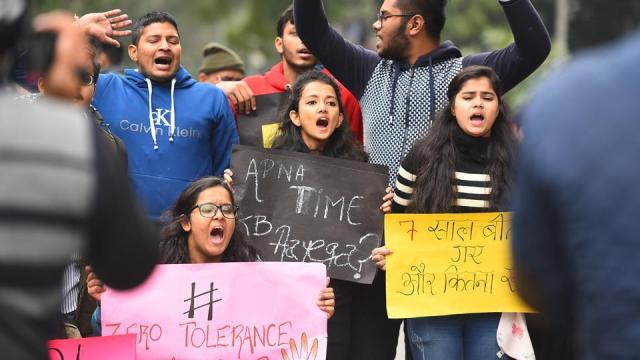 PressMirchi Protesters held placards and shouted slogans against government on the anniversary of the 2012 Delhi gang-rape case at  New Delhi,  December 16, 2019.