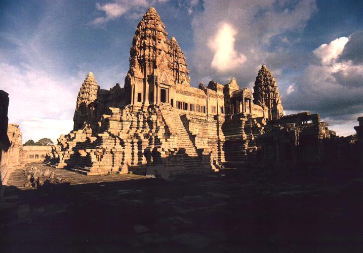 https://i1.wp.com/www.hinduwisdom.info/images/angkor_wat1.jpg