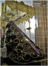 Nuevo manto de la Virgen de Los Dolores. Cofradía de Nuestro Padre Jesús Orando en el Huerto, con la Cruz a cuestas y Virgen de Los Dolores,