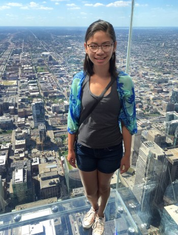 Jamae on the Ledge at the Willis Tower in Chicago, Illinois | Hint of Jam