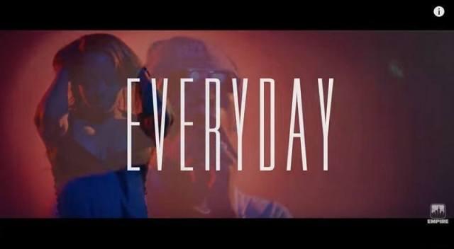 Everydaydjholidayvid