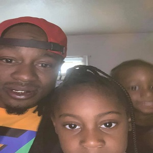 Walter L. Barringer is the father involved with the shooting, where the 14-year-old boy shot and killed the 5-year-old girl. In a very saddening Facebook post, Barringer revealed the 14-year-old was his son and the 5-year-old was his daughter. With his daughter dead and his son arrested for her murder, Barringer said he has now lost two children.