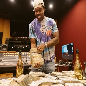 EST Gee signs with CMG 750000 cash