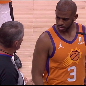 Chris Paul gets mocked by fans after Suns lose championship to Bucks