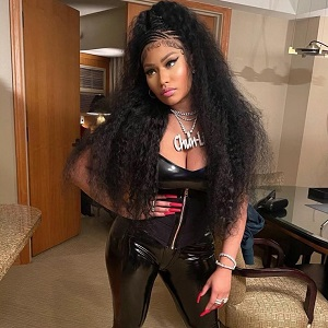 Nicki Minaj advises up-and-coming female rappers to not sleep with married men