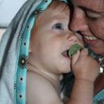 Handige handdoek voor een baby