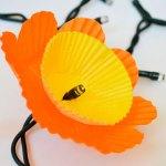 DIY: een bloemenslinger met lichtjes