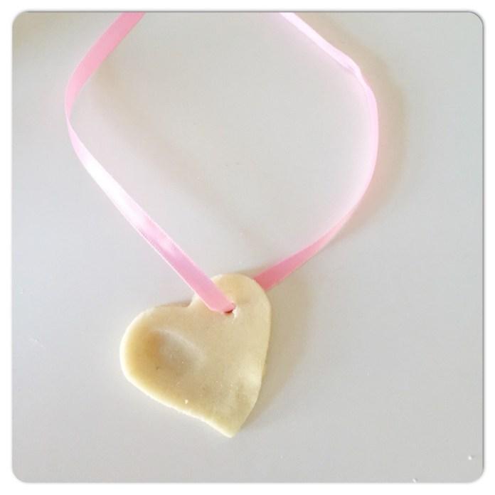 8 x DIY voor moederdag hartjesketting moederdag