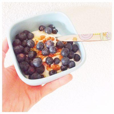 yoghurt-met-blauwe-bessen