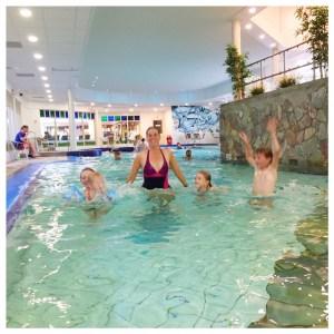 vakantiepark dierenbos zwembad springen