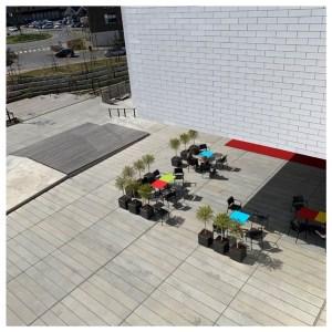 terras buiten legohouse