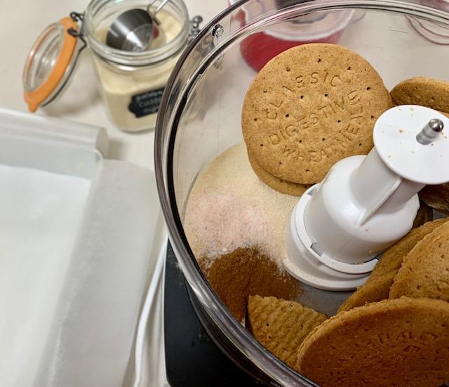 digestive koekjes in de keuken machine