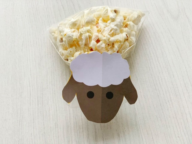 schaap popcorn traktatie