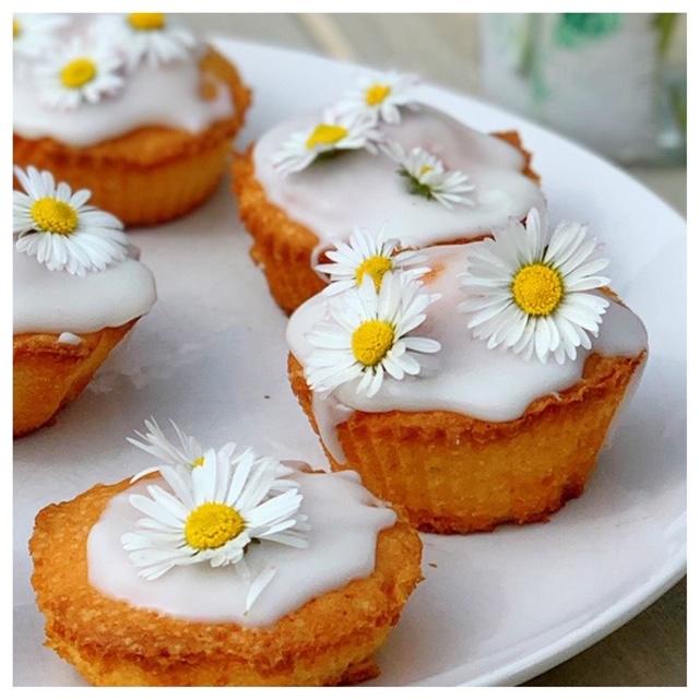 cupcakes madeliefjes dichtbij