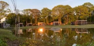 ondergaande zon park landal de vlinderhoeve