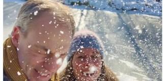 Juut en maik in de sneeuw valentijn 2021