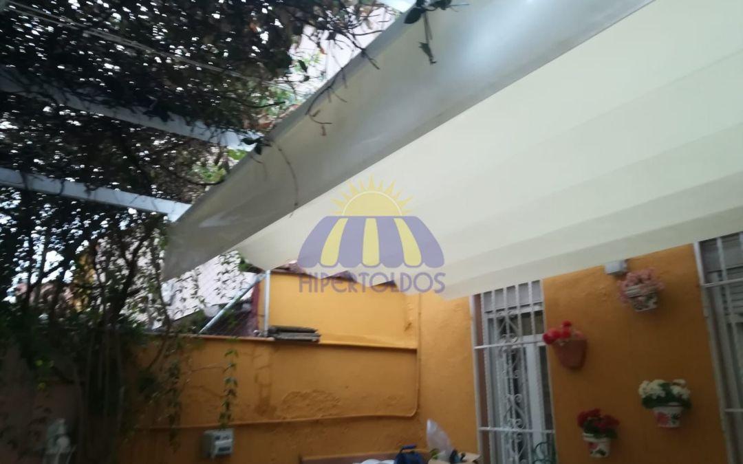 Madrid centro también necesita toldos, instalación en casa adosada barrio Embajadores