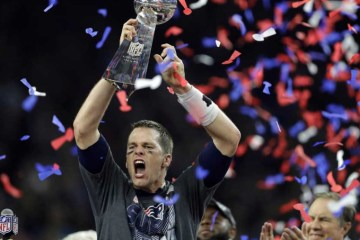 Brady-Lombardi-trophy-Super-Bowl-51-hip-hop-sports-report