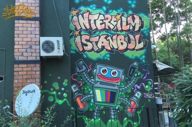 Turbo - İnter Film Ofisi Dış Mekan Graffiti