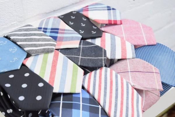 Een stropdas nodig? Zoek hier jouw hippe das uit voor jouw dasdag. We hebben een groot aanbod stropdassen.