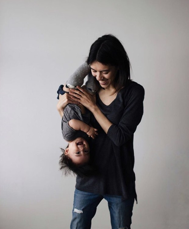 Robin Kay Twentyventi Interview with a Minimalist with Daughter Ramona Jean
