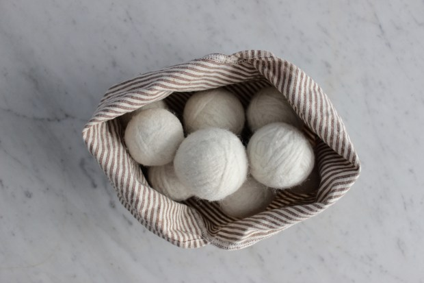 Litterless zero waste wool dryer balls