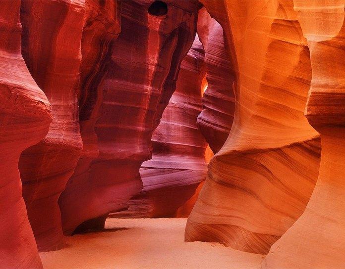 Εξερευνώντας το Φαράγγι της Αντιλόπης (Antelope Canyon)