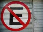 no-parking-in-spanish on garage