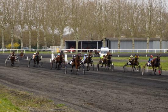 Hippodrome Chatillon sur Chalaronne - course 25/03/2019 - Photo 5