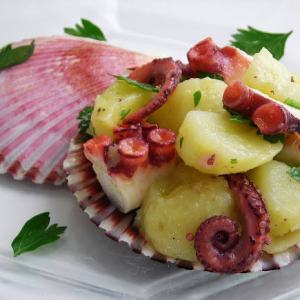 Pressure Cooked Octopus and Potato Salad - oh yea... it's good!