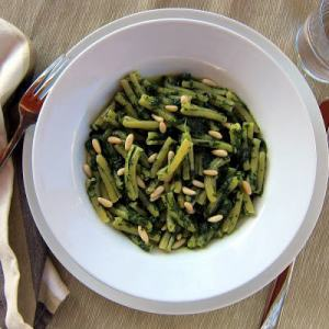 Pressure Cooker Pasta with Spinach Pesto – Casarecce ai Spinaci