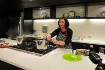 Pressure cooker opening method - slow normal release