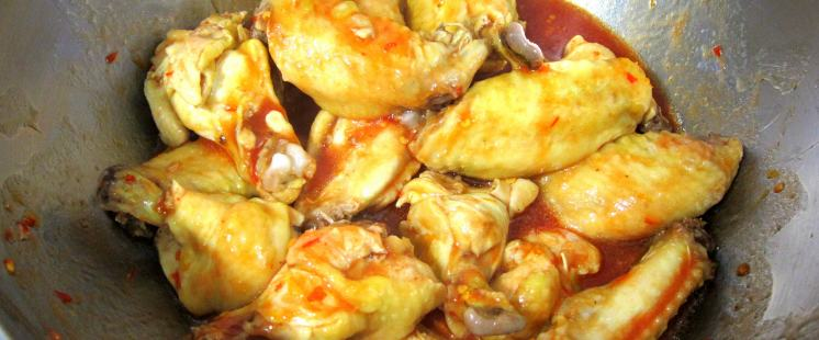 Hot Chicken Wings in the pressure cooker!