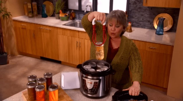 This multi-cooker infomercial shows an actresspressure canning meat and vegetables- do not do this!