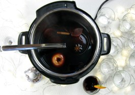 Instant Pot Mulled Wine - pressure cooker recipe