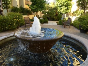 6 tips to boost wealth, health, & career luck with fountains