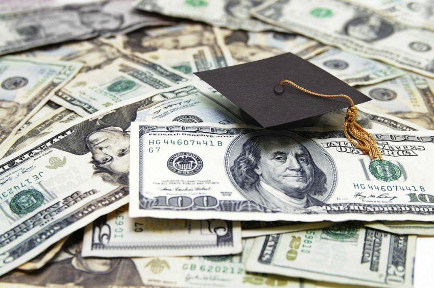 memudahkanmu untuk mendapatkan beasiswa ke luar negeri