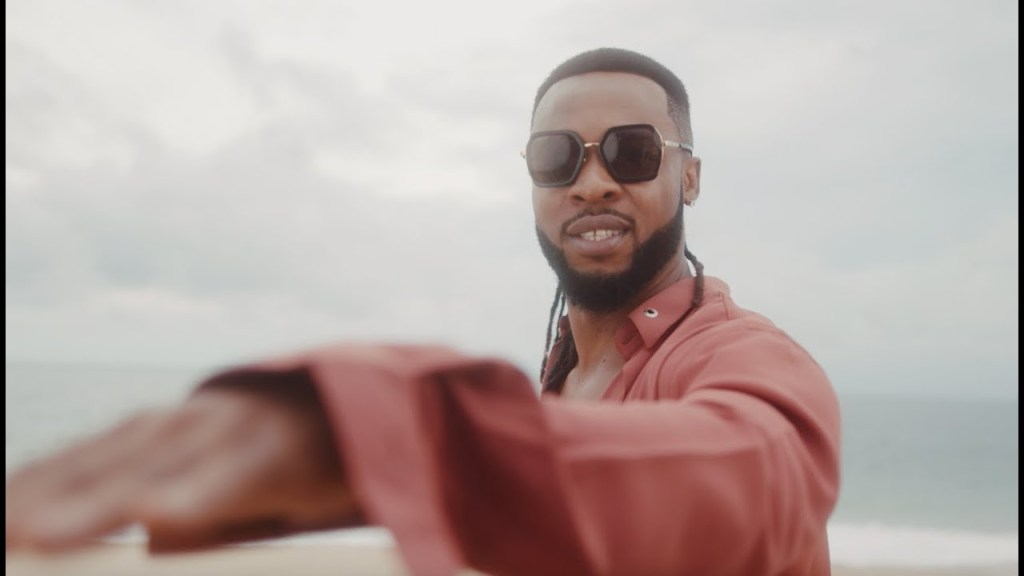 Flavour – Mma Mma Ft Chidinma (Video)