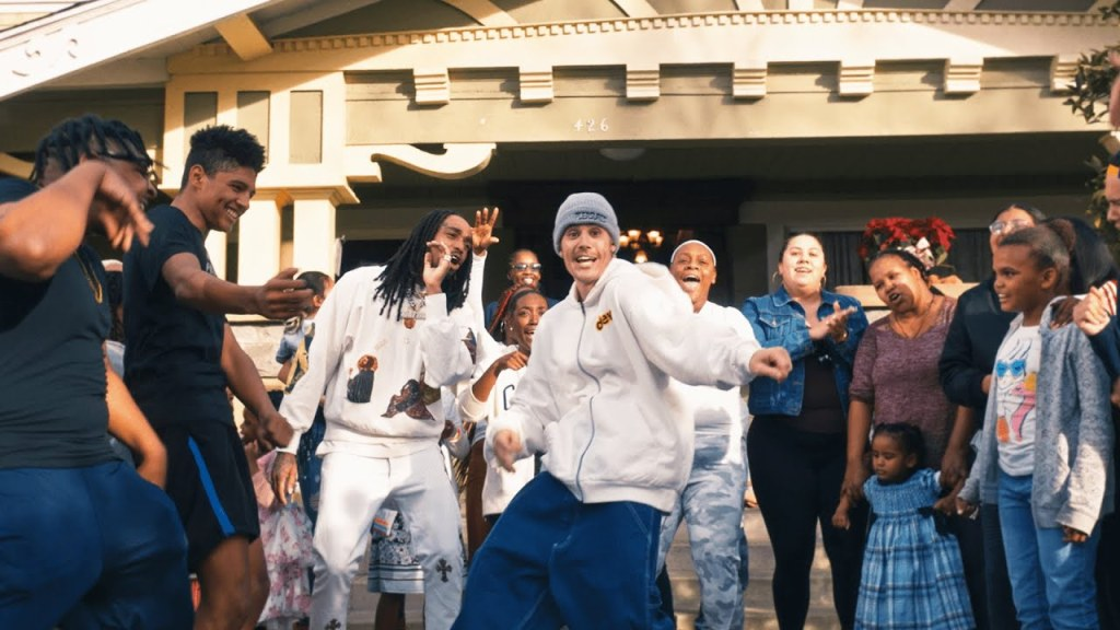 Justin Bieber – Intentions Ft Quavo (Video)