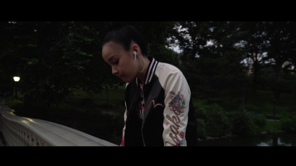 Tatiana Manaois – Lover Girl (Video)
