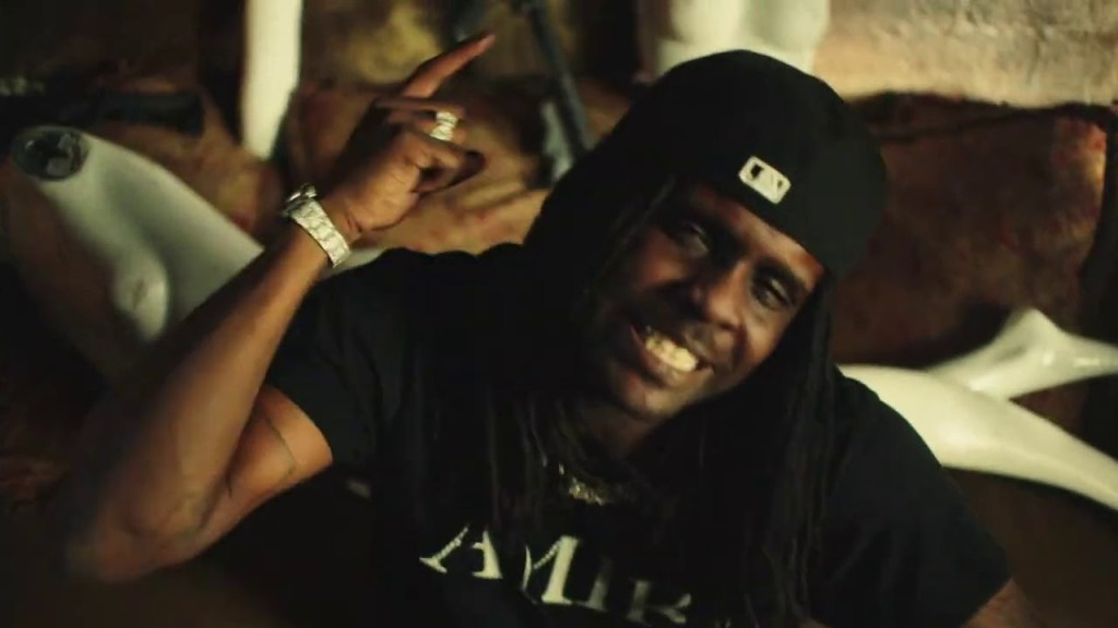 Chief Keef – STATUS ft Mike WiLL Made-It
