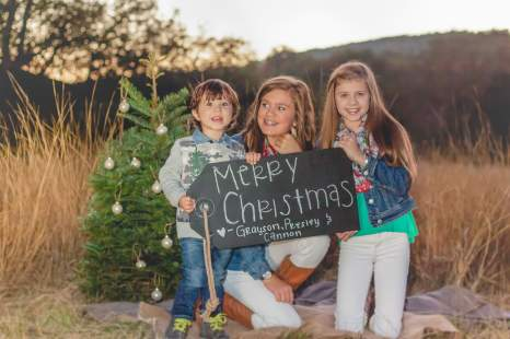 Family Photography by Courtney Santos of Awkward Eye Photography