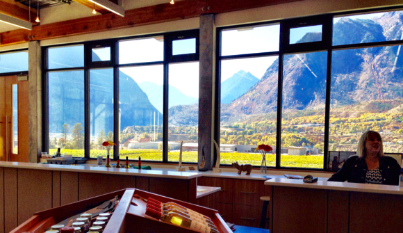 Fort Berens tasting room makes the most of the mountain views