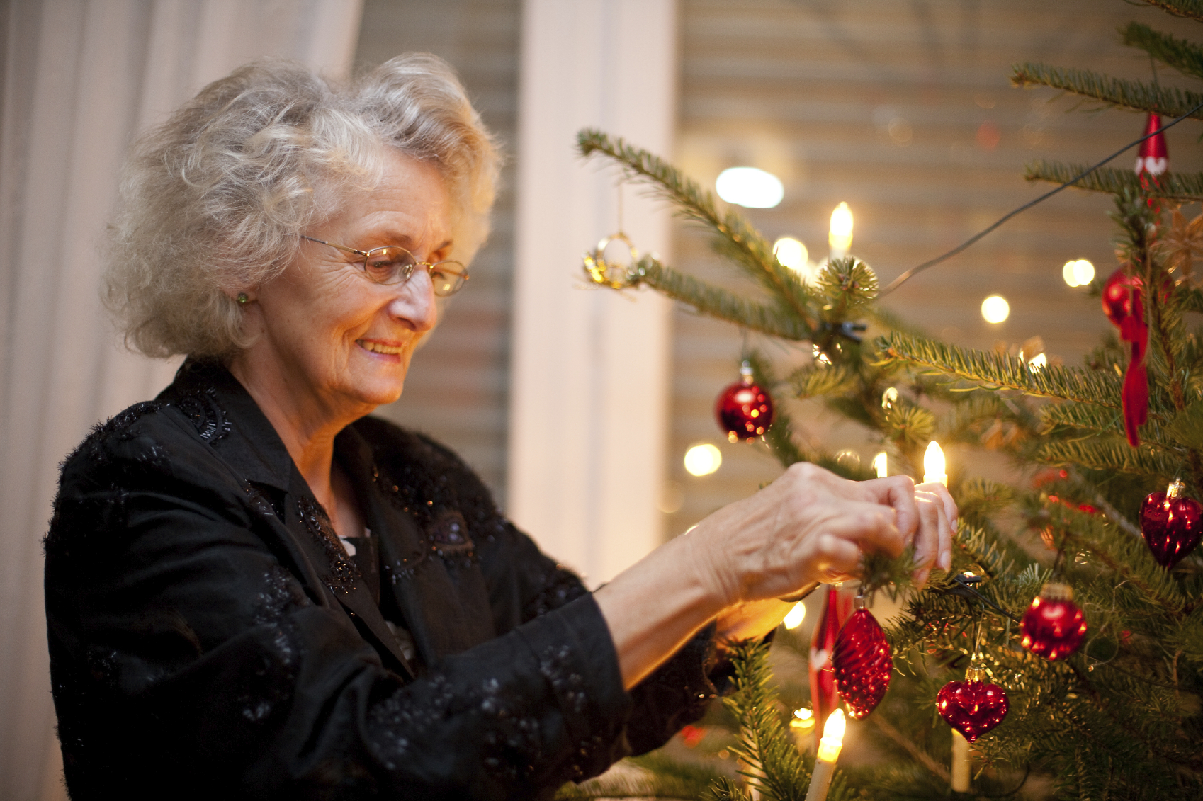 Tips to Help Seniors Beat the Holiday Blues