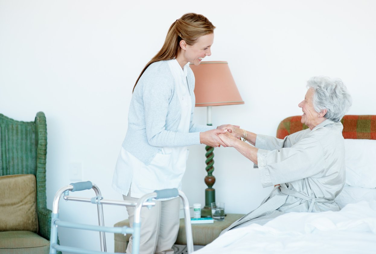 Preventing Back Injuries: 10 Tips All Caregivers Should Follow