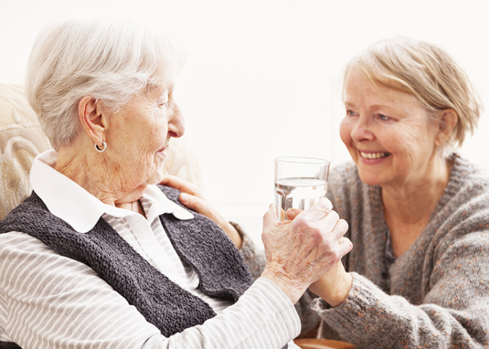Care Tips for Seniors Who Have Trouble Swallowing