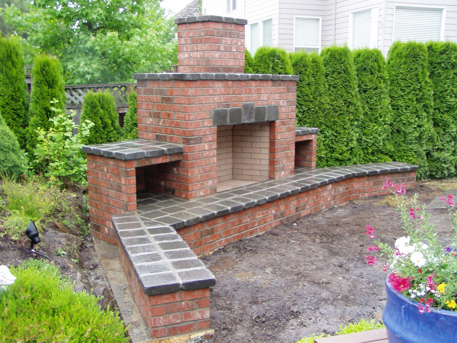 How to build an outdoor fireplace - Step-by-step guide on Simple Outdoor Brick Fireplace id=41106